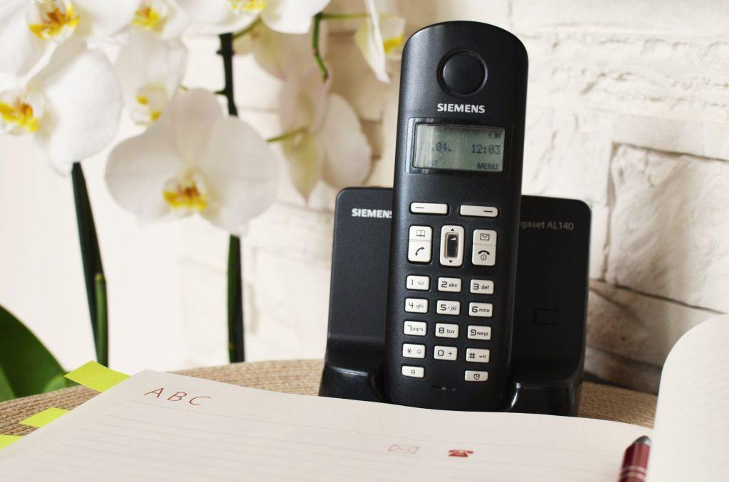 Siemens home phone handset.